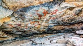 石洞壁画和刻在岩石上的文字在哈尔格萨索马里附近的Laas Geel 库存照片