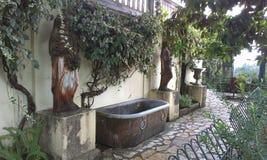 石浴缸 免版税库存图片
