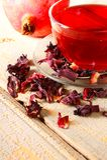 石榴茶。红色茶。 库存照片