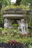 石头飞过的狮子在伦敦 库存图片