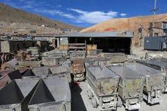 矿工的推车,波托西玻利维亚 免版税库存照片