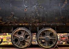矿推车的轮子 免版税库存图片