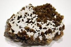 矿物的乌拉尔,有包括的,水晶石英晶族 库存图片