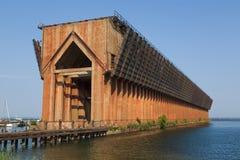 矿石船坞 库存照片