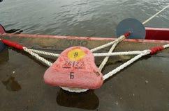 码头在港口城市 免版税库存照片