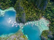 码头在Coron,巴拉望岛,菲律宾 Coron在背景中 游览A 图库摄影