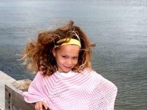 码头捕鱼女孩一点 库存照片