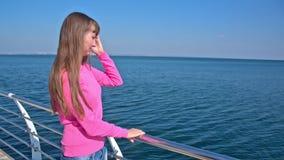 码头的女孩 股票视频