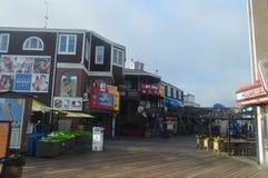 码头的39壮观的商店在旧金山 旅行假日Arquitecture 库存照片
