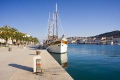 码头sailer 库存图片