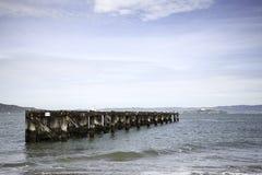 码头向阿尔卡特拉斯岛在旧金山 免版税库存照片