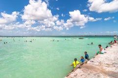 码头在加勒比Bacalar盐水湖,金塔纳罗奥州,墨西哥 库存照片
