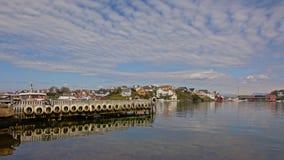 码头在挪威海湾 图库摄影