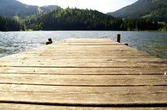 码头在湖 免版税图库摄影