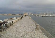码头在维亚雷焦,托斯卡纳 库存图片