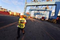 码头工人-口岸工作者 库存图片