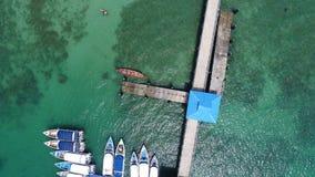 码头空中寄生虫顶视图照片在Rawai海滩的在普吉岛 库存图片