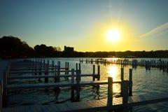 码头,早晨日出 库存照片