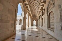 砂岩在清真寺cladded墙壁和地板 免版税库存图片