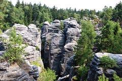 砂岩岩石在捷克天堂 免版税库存照片