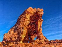 砂岩曲拱 火公园状态谷 库存图片