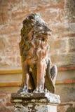 砂岩狮子雕象 库存照片