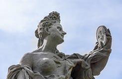 砂岩巴洛克式的雕象细节天空Kuks 图库摄影