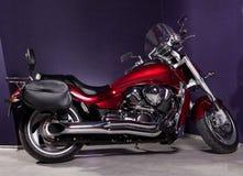 砍刀摩托车强大的红色 免版税库存图片
