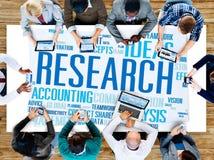 研究数据事实信息解答探险概念 免版税库存照片