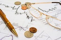 研究股票趋势 免版税库存照片