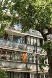 砖公寓在Spiridonovka街道上的莫斯科 免版税图库摄影