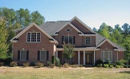 砖唯一的房子 免版税库存图片