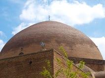 砖圆顶在蓝色清真寺在大不里士,伊朗 免版税库存照片
