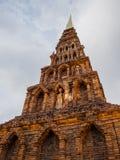 砖塔Haripunchai。 免版税图库摄影