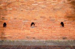 砖墙,与老砖墙的抽象背景 免版税库存图片