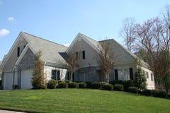 砖房子白色 免版税库存照片