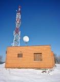 砖房子红色发射机 库存照片