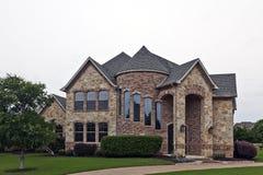 砖房子豪华石头 免版税库存图片