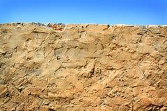 砖涂灰泥的墙壁 免版税库存图片