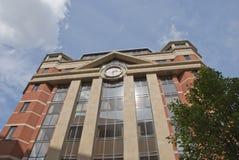 砖玻璃办公室 免版税库存照片