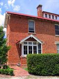 砖瓦房红色 库存图片