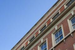 砖瓦房门面老红色 免版税图库摄影
