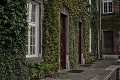 从砖的大厦 免版税库存照片
