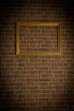 砖结构金老墙壁 库存照片