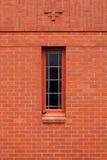 砖缩小的唯一墙壁视窗 免版税库存照片