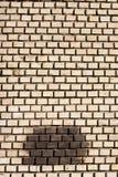 砖脏的墙壁纹理 都市城市背景 免版税库存图片