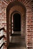 砖走廊 免版税库存图片