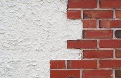 砖边缘墙壁 免版税库存照片