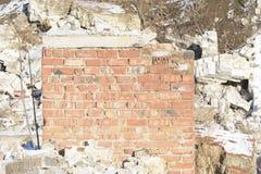 砖建筑毁坏了 免版税库存照片