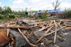 破坏命中路易斯圣徒龙卷风 免版税图库摄影